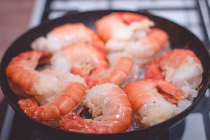 Foil Baked Lemon Garlic Shrimp